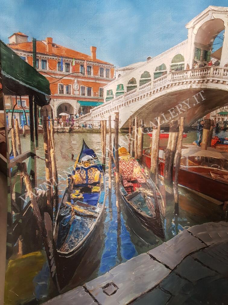 Venezia e ponte di Rialto e gondole